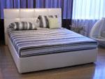 Тапицирана спалня по индивидуална поръчка 875-2735