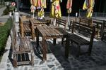 изработка на състарени дъбови маси и дъбови пейки